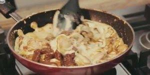 Como fazer o Strogonoff de carne tradicional? Aprenda neste video!