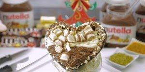Coração trufado de natal com Nutella, Ninho, Mousse de maracujá e Kinder Bueno!