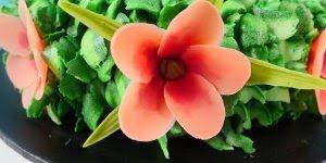 Inspiração de bolo com tema coroa de flores da Moana, simplesmente lindo!!!