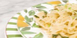 Molho de macarrão com três ingredientes, vcê vai amar essa receita!
