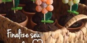 Receita de como fazer vasinhos de flor com muffins e balinhas de goma!!!