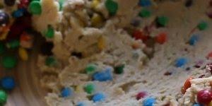 Receita de Cookies de M&Ms super simples e com resultado incrível!