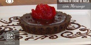 Tortinha de Creme de Avelã com Morangos, uma delícia, confira!
