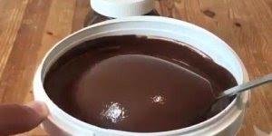 Vídeo com balde de nutella marque os amigos e amigas para ficarem com vontade!!!
